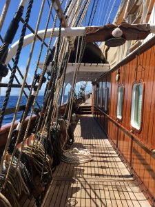 Caribbean Ian Sea Cloud rope rigging